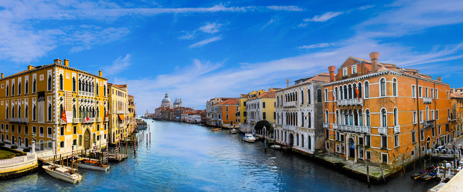venice-3130323_aura_watercolor_action_1500x623